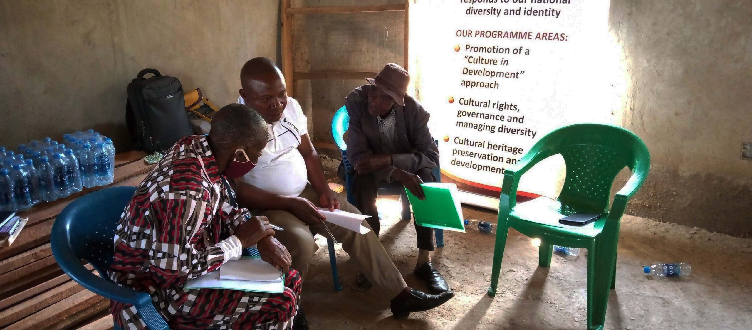Uganda project: Community dialogue participants in the process of identitying potential heritage sites under threat from climate change