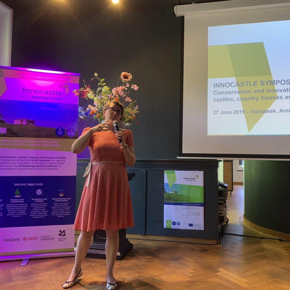 Elyze at the Innocastle Symposium